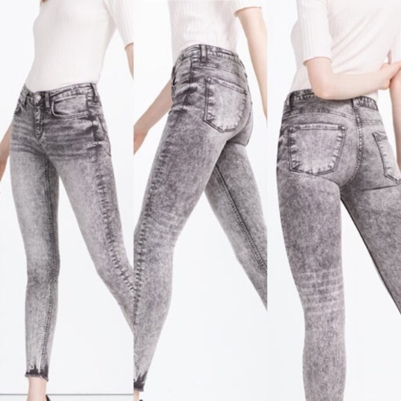 Zara Acid Wash Zipper Skinny Jeans Bleached Zipper